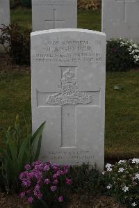 Harold Gunner headstone